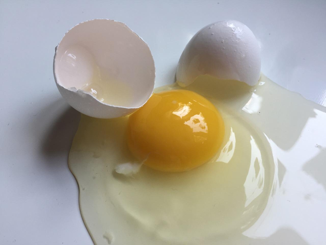clara huevo