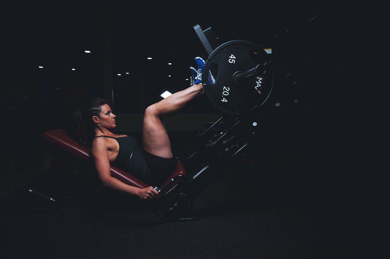 ejercicios pesas eliminar celulitis