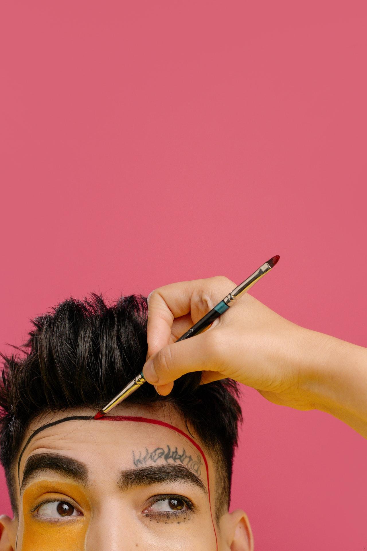 Entrecejo: ¿Arrugas o líneas de expresión?