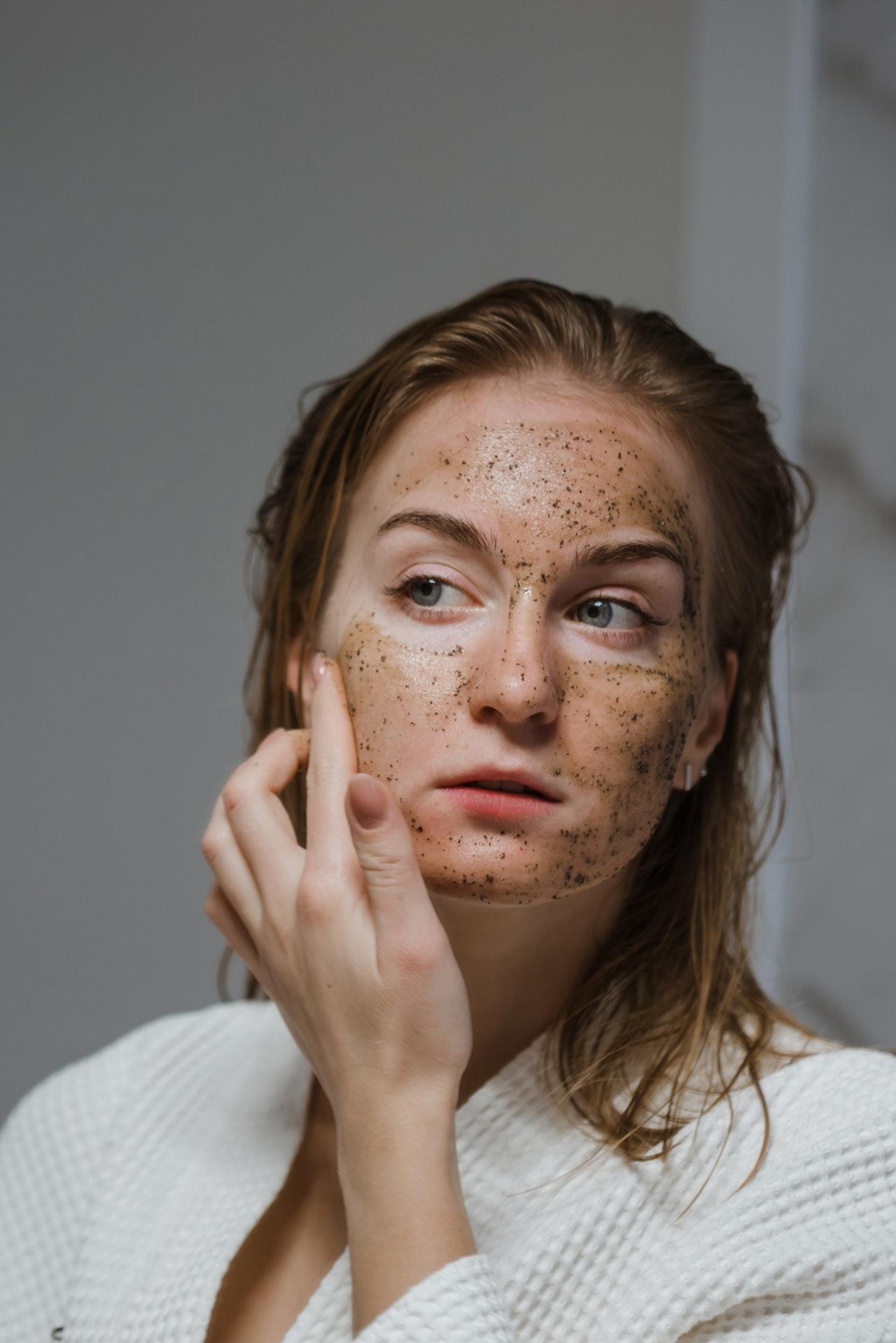Para qué sirve el exfoliante Beneficios de exfoliar la piel